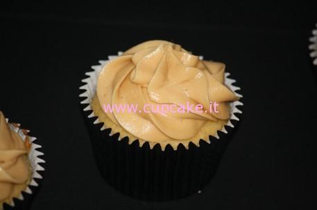 Cupcakes al Burro di Arachidi e Marmellata
