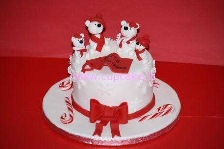 torta natalizia con orsi