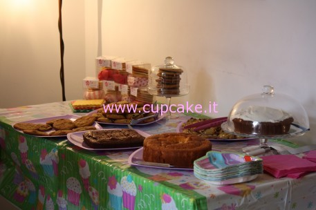 bake-sale-raccolta-fondi